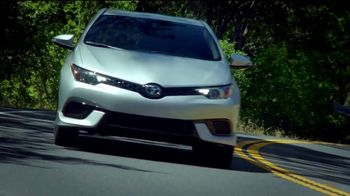 Toyota We Make It Easy Sales Event TV Spot, 'A Joy to Drive' [T2] - Thumbnail 3