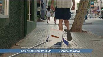 Progressive TV Spot, 'Box Vlog' - Thumbnail 8