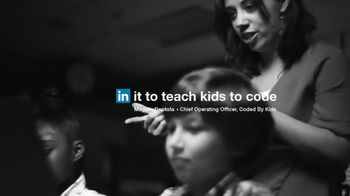 LinkedIn TV Spot, 'Maggie Deptola: In It to Teach Kids to Code' - Thumbnail 9