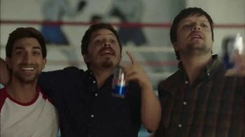 Tecate Light TV Spot, 'Canelo Takes a Break for a Carne Asada' Song by A Band of Bitches - Thumbnail 8