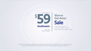 Southwest Airlines Wanna Get Away Sale TV Spot, 'Bank Heist' - Thumbnail 9