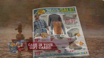 Bass Pro Shops Bring in the New Sale TV Spot, 'Boat Gift Cards' - Thumbnail 4