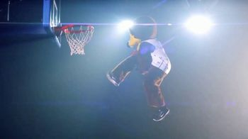 Rocket Mortgage TV Spot, 'Mascots Are Confident: Basketball' - Thumbnail 4