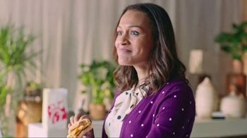 Chick-fil-A Egg White Grill TV Spot, 'Grand Opening' - Thumbnail 3