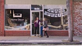 Chick-fil-A Egg White Grill TV Spot, 'Grand Opening' - Thumbnail 4