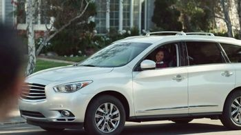 2018 Buick Enclave TV Spot, 'Neighborhood' Song by Matt and Kim [T1] - Thumbnail 7