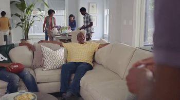 Havertys New Year Savings Event TV Spot, 'Family Football' - Thumbnail 3