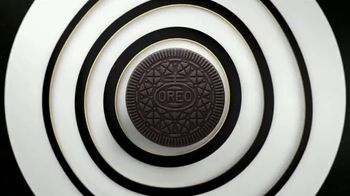 Oreo Thins TV Spot, 'Hypnotize: Bites' Song by The Notorious B.I.G. - Thumbnail 3