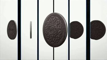 Oreo Thins TV Spot, 'Hypnotize: Bites' Song by The Notorious B.I.G. - Thumbnail 7