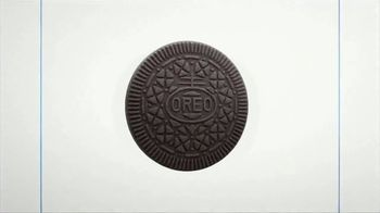 Oreo Thins TV Spot, 'Hypnotize: Bites' Song by The Notorious B.I.G. - Thumbnail 8