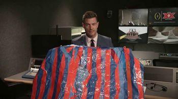 Dos Equis TV Spot, 'Christian Christoffersen' Featuring Jesse Palmer - Thumbnail 10