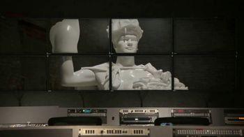 Dos Equis TV Spot, 'Christian Christoffersen' Featuring Jesse Palmer - Thumbnail 6