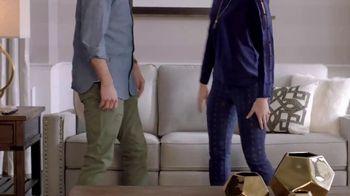 La-Z-Boy New Year Sale TV Spot, 'Duo' Featuring Brooke Shields - Thumbnail 5