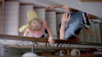 PECO TV Spot, 'Hot Water Heater' - Thumbnail 5