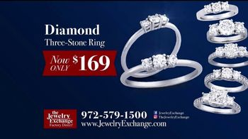 Jewelry Exchange TV Spot, 'Holiday Specials on Studs, Bands & Gems' - Thumbnail 4