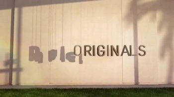 Hulu TV Spot, 'Now Streaming' Song by VÉRITÉ - Thumbnail 1