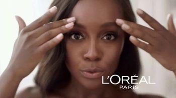L'Oreal Paris Lumi Glotion TV Spot, 'Effortless Glow' Feat. Elle Fanning