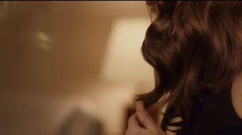 L'Oréal Paris Elvive TV Spot, 'Comeback' Featuring Winona Ryder - Thumbnail 7