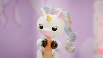 Fingerlings Unicorns TV Spot, 'Gigi the Unicorn'
