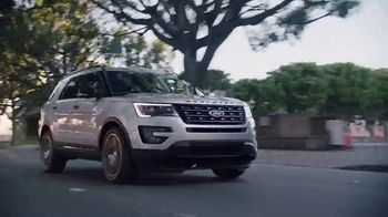 2017 Ford Explorer TV Spot, 'For Those With Their Own Path' - Thumbnail 9