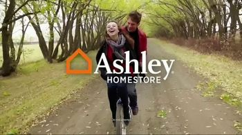 Ashley HomeStore TV Spot, 'Style Can Be Affordable' - Thumbnail 3