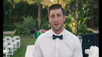 Johnsonville Sausage TV Spot, '2018 Tailgate Wedding Contest' Ft. Tim Tebow - Thumbnail 6