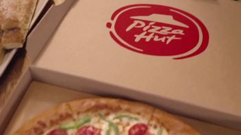 Pizza Hut TV Spot, 'La pizza de tu antojo' [Spanish] - Thumbnail 1