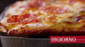 DiGiorno Crispy Pan Pizza TV Spot, 'PAN PAN PAN PAN' - Thumbnail 6