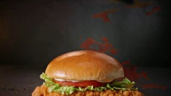 Wendy's Spicy Chicken Sandwich TV Spot, 'Cravings Are Calling' - Thumbnail 8