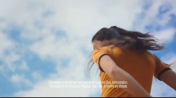 One A Day Women's TV Spot, 'Inner Light' Song by Outasight - Thumbnail 8