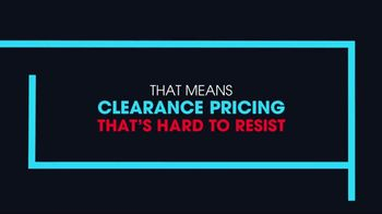 Rooms to Go January Clearance Sale TV Spot, 'Hard to Resist' - Thumbnail 5