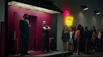 Twix TV Spot, 'It's Time to DeSide: Bouncer' - 4512 commercial airings
