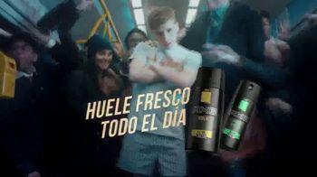 Axe Gold TV Spot, 'Hora pico' canción de Shanice Ross [Spanish] - Thumbnail 9