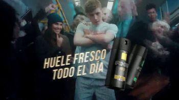 Axe Gold TV Spot, 'Hora pico' canción de Shanice Ross [Spanish] - Thumbnail 8