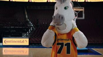 Continental Tire TV Spot, 'Dan Patrick's Big Man on Campus' - Thumbnail 7