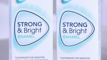 Sensodyne Pronamel Strong & Bright TV Spot, 'Strong Enamel, Whiter Teeth' - Thumbnail 8