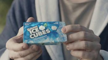 Ice Breakers Ice Cubes Pocket Pack TV Spot, 'Cement Shoes' - Thumbnail 2