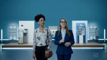 Fifth Third Bank TV Spot, 'Fee Sharks' - Thumbnail 3