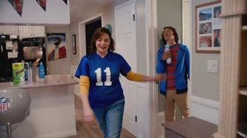 Procter & Gamble TV Spot, 'Party On, Mom' - 9 commercial airings