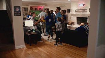 Procter & Gamble TV Spot, 'Party On, Mom' - Thumbnail 7
