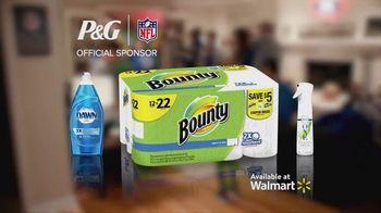Procter & Gamble TV Spot, 'Party On, Mom' - Thumbnail 9