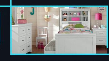 Rooms to Go Kids January Clearance Sale TV Spot, 'Twin Bookcase Bed' - Thumbnail 2