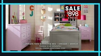 Rooms to Go Kids January Clearance Sale TV Spot, 'Twin Bookcase Bed' - Thumbnail 5