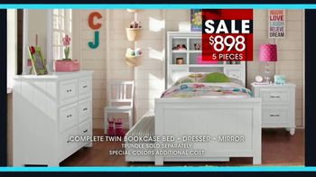 Rooms to Go Kids January Clearance Sale TV Spot, 'Twin Bookcase Bed' - Thumbnail 6