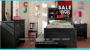 Rooms to Go Kids January Clearance Sale TV Spot, 'Twin Bookcase Bed' - Thumbnail 7