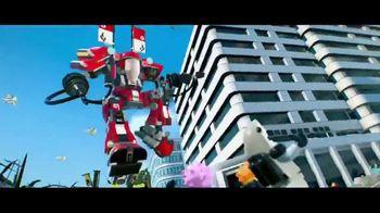The LEGO Ninjago Movie Video Game TV Spot, 'Ninja-gility Vignette' - Thumbnail 5