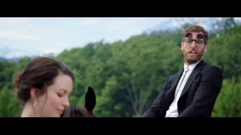 Verizon Unlimited TV Spot, 'Horse' Featuring Thomas Middleditch - Thumbnail 6