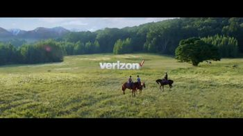 Verizon Unlimited TV Spot, 'Horse' Featuring Thomas Middleditch - Thumbnail 8