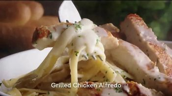 Olive Garden Never Ending Pasta Bowl TV Spot, 'Pasta Bowls Are Back' - Thumbnail 5