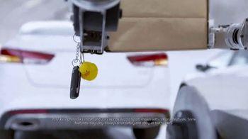 Kia Fall Savings Time TV Spot, 'Robot-Tested Smart Trunk Technology' - Thumbnail 2